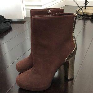Boutique 9 boots gold heel suede Sz 7.5